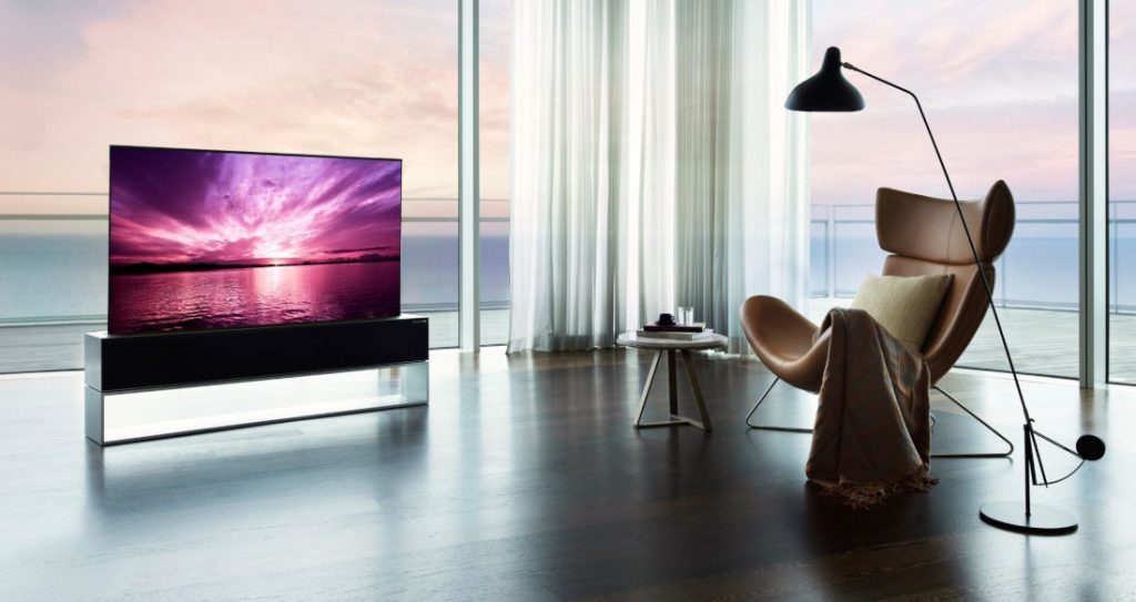LG's Rollable OLED TV goes on sale for 87,000 US Dollars