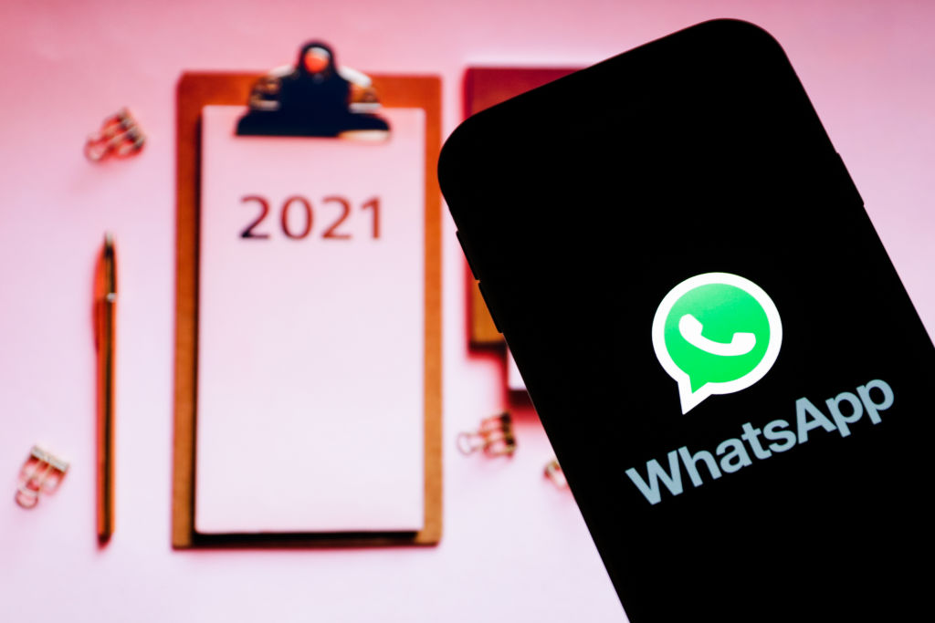 Soon whatsapp chat will show in facebook messenger know is your messages are encrypted or not